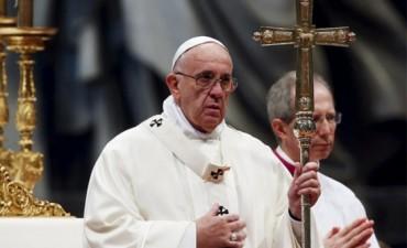 Francisco pidió una solución a la crisis migratoria cubana en Centroamérica