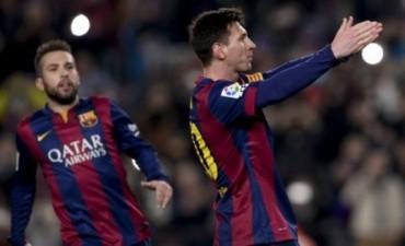 Con un gol de Messi, el Barcelona aplastó al Elche y frenó su crisis