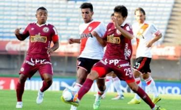 River cayó ante Universitario de Perú en el debut en el 2015