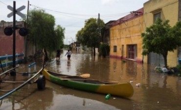 Intendente instó a sus funcionarios a donar parte del sueldo para los inundados
