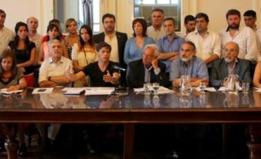 El kirchnerismo quiere derogar decreto sobre coparticipación de Macri