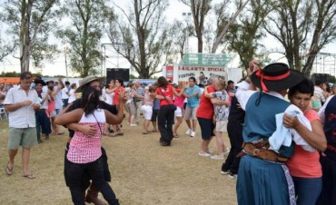 Comienzan las bailantas oficiales del Festival