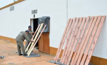 Se intensifican los trabajadores en el complejo de las bailantas y en el anfiteatro municipal