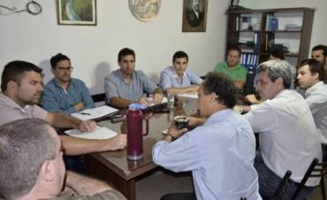 El Intendente Gerardo Chapino se reunió con autoridades de la Dirección de Industria y Parques