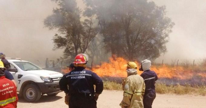 Las tormentas reactivaron seis focos de incendios en La Pampa