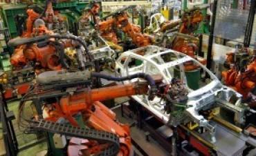 La producción nacional de vehículos registró en 2016 una caída del 10%