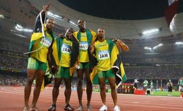 Por la sanción a un compañero, Usain Bolt perdió una de sus medallas de oro