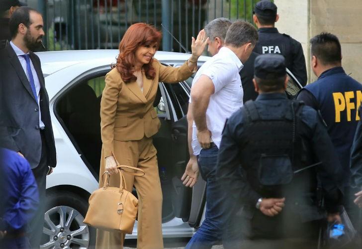 Cristina Fernandez de Kirchner  le pidió a Ercolini que la envíe a juicio oral y público por fraude