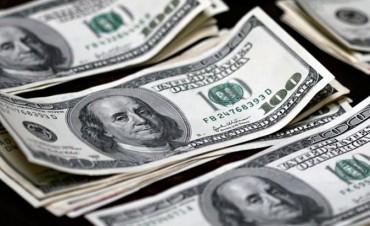 Primer salto del año: el dólar se disparó 18 centavos y rozó los $ 19
