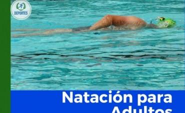 HOY PROSIGUEN LAS CLASES DE NATACIÓN PARA ADULTOS