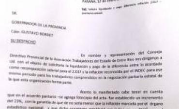 ATE exigió que se aplique la cláusula gatillo para que los estatales cobren un aumento acorde a la inflación 2017