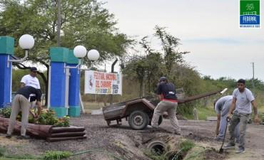 SE PREPARA EL PREDIO DEL CAMPING PARA RECIBIR A LOS TURISTAS