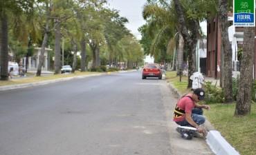TRABAJOS DE PINTURA EN CORDONES CUNETA DE DIFERENTES CALLES