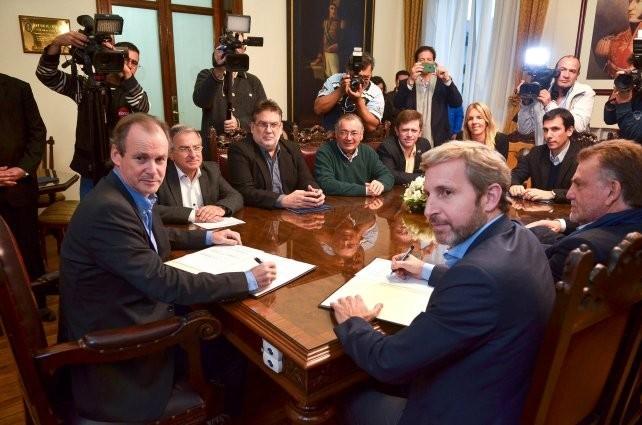 Duros cruces entre la Nación y la Provincia por la política habitacional