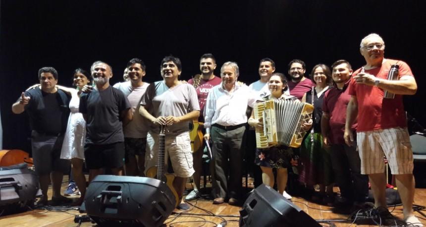 Hoy miércoles la delegación de Entre Ríos se presenta en el Festival de Cosquín