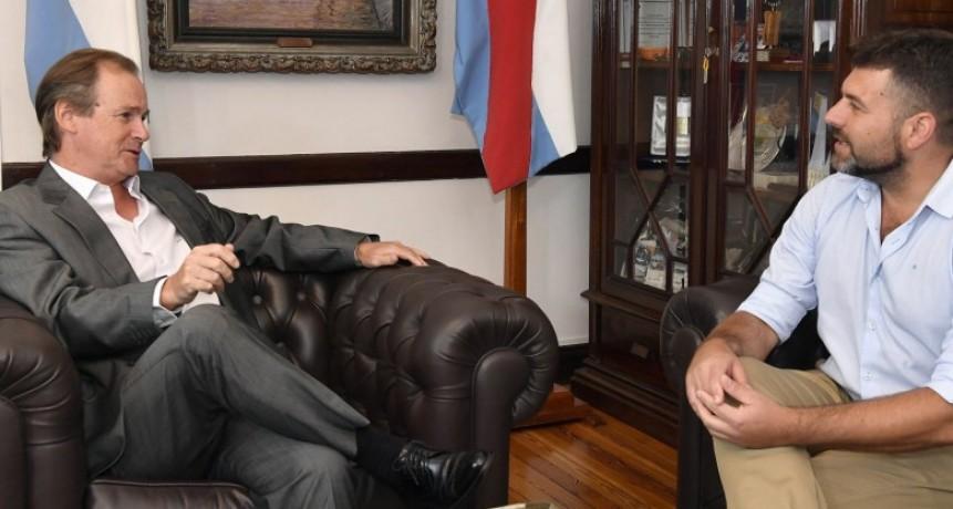 GUSTAVO BORDET RECIBIO A GERARDO CHAPINO POR LA CONTINUIDAD DE LAS OBRAS EN NUESTRA CIUDAD QUE SE ENCUENTRAN PARALIZADAS