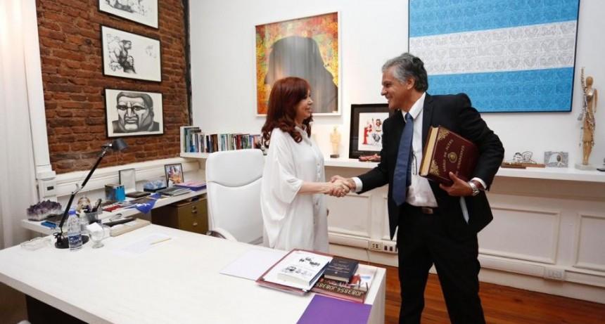 Cristina Fernández de Kirchner, asumió la Presidencia de la República Argentina.