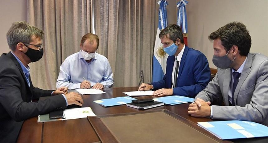 Bordet firmó convenios para realizar más obras de agua potable y cloacas que incluye Federal
