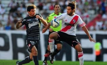 Quilmes se le plantó a River en el Monumental y empataron 2 a 2