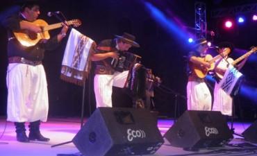 La música local llegó de la mano de Alexis Gómez Piacenza