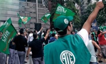 Arrancó el paro nacional de estatales que incluye una movilización a la Plaza de Mayo