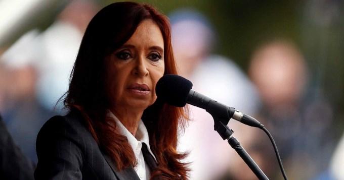 El fiscal pidió juicio oral para Cristina por causa