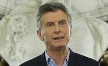 """Macri ordenó volver a """"foja cero"""" con el Correo y anuló el recorte a la suba de las jubilaciones"""