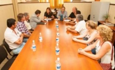 Planifican mejoras en caminos productivos de la zona de Las Tunas