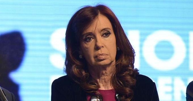 Cristina suspendió sus vacaciones