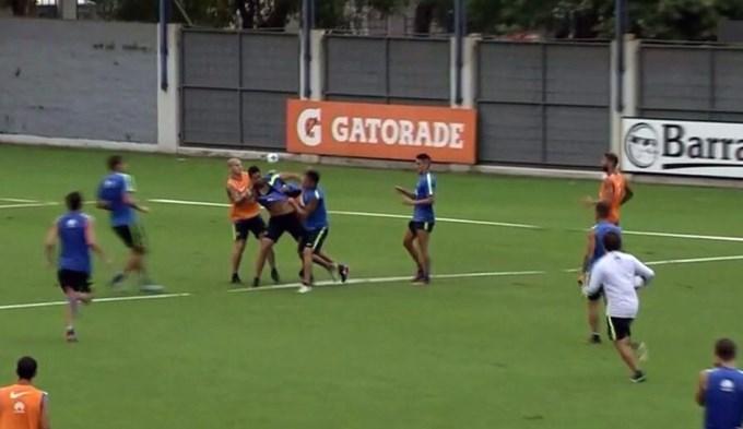 Escándalo en Boca: Insaurralde y Silva se agarraron a piñas