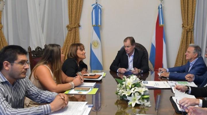 Bordet acuerda obras para el norte entrerriano en  el Departamento Feliciano