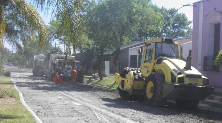 COMENZÓ LA OBRA REPAVIMENTACION DE CALLES EN FEDERAL