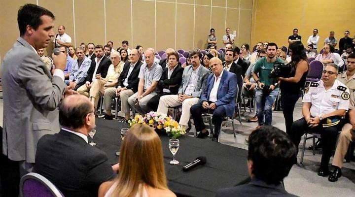 EL PRESIDENTE MUNICIPAL ESTUVO PRESENTE EN LA FIRMA DEL CONVENIO POR EL JUZGADO FEDERAL EN CONCORDIA