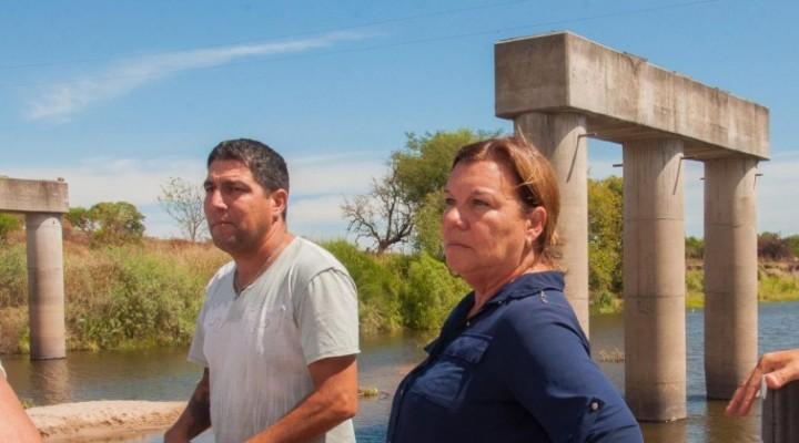 Habilitaron un paso alternativo sobre el arroyo Hernandarias