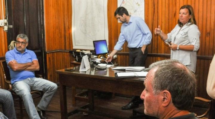 Planifican trabajos viales para el departamento La Paz