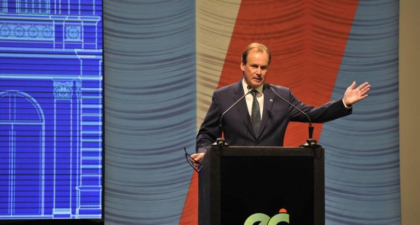 El gobernador Bordet confirmó una reunión con Cristina Fernández y explicó los motivos de la unidad del PJ