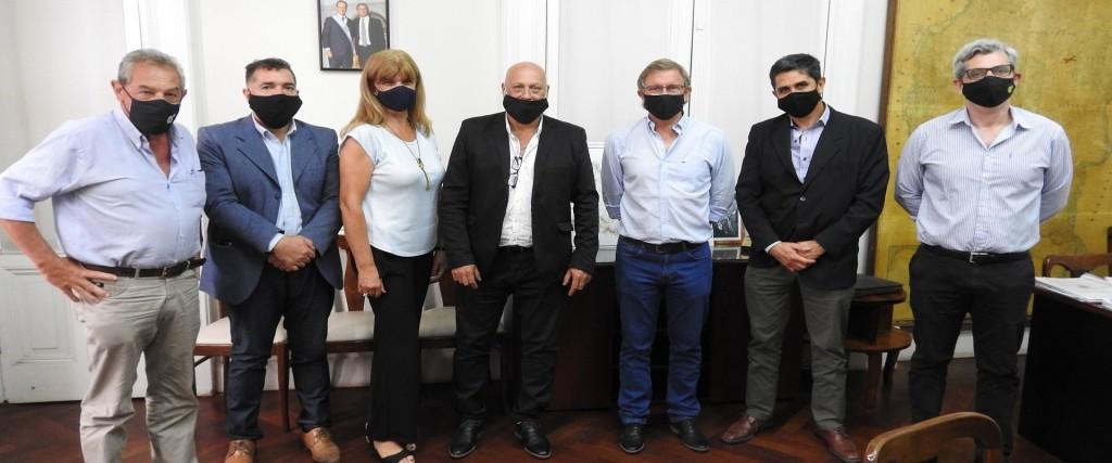 La provincia y la Federación Económica de Entre Ríos analizaron la situación de las pymes entrerrianas - Participó Silvio Farach