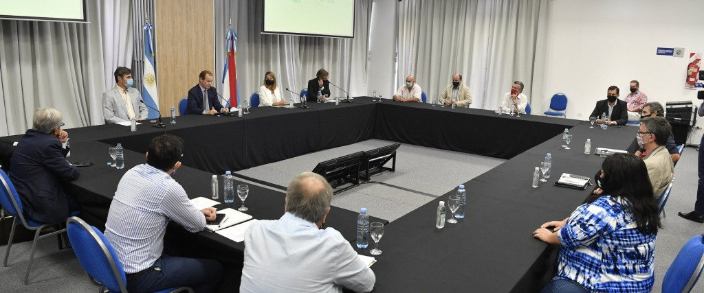 El Ejecutivo presentó aportes para consensuar un proyecto de buenas prácticas agrícolas