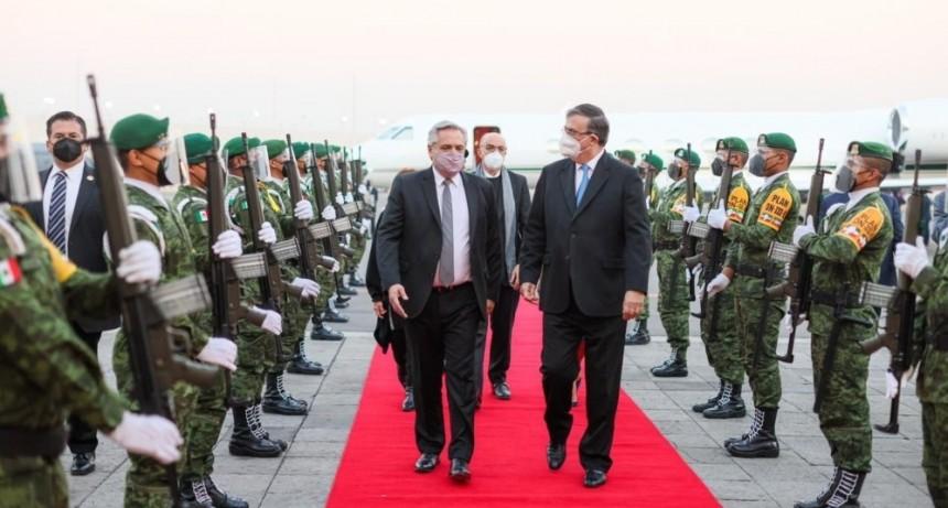 El Presidente arribó a México para iniciar su visita oficial