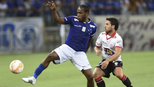 Huracán resistió ante Cruzeiro y se trajo un punto de Brasil