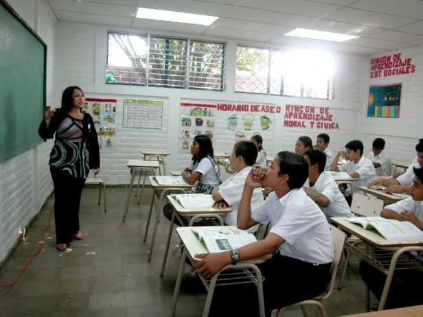 ¿Cuánto cobraría cada docente de bolsillo con la última propuesta salarial?