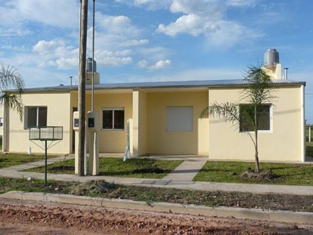 Se expone el padrón provisorio para el sorteo de 50 viviendas del IAPV en Federal