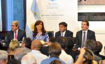 Cristina anunció un aumento del 50% de la cuota del Plan Progresar y de las becas universitarias