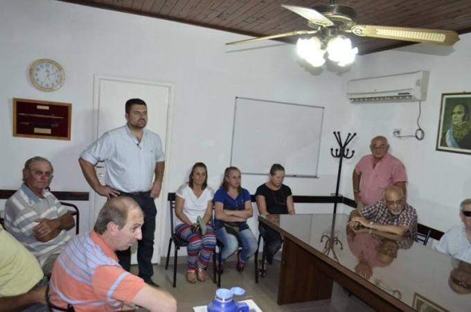 Chapino recibió a vecinos de calle soberanía
