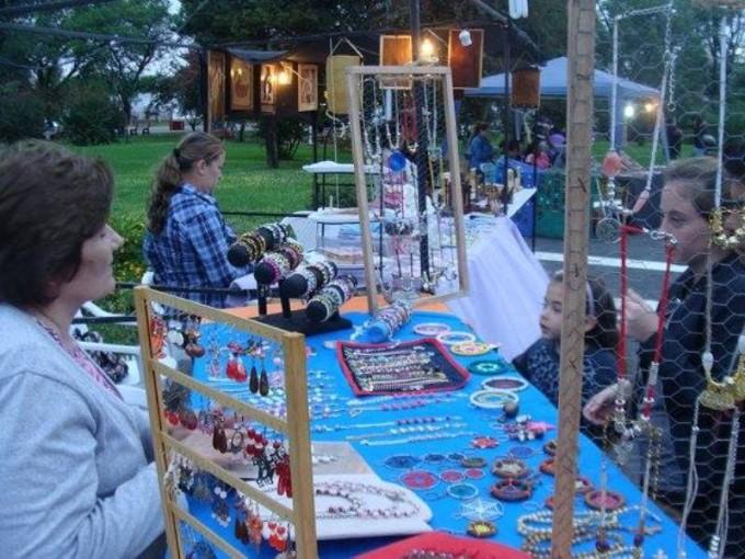 Feria de artesanos en semana santa