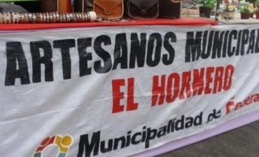 Los artesanos de Federal festejaron su día en Plaza Urquiza