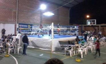 Se realizó la primera Velada de Box en el Club Ateneo