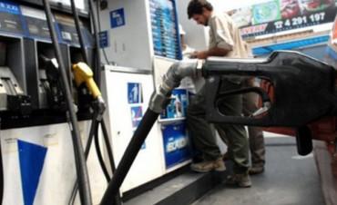 Abril podría llegar con nuevo aumento en las naftas