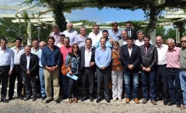 Fondos buitre: intendentes del PJ apoyaron la posición de Bordet