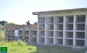 SE EJECUTAN OBRAS EN EL CEMENTERIO MUNICIPAL